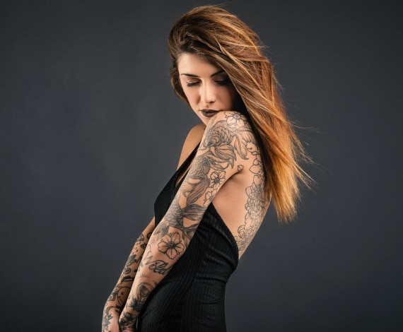 dating a woman with tattoos